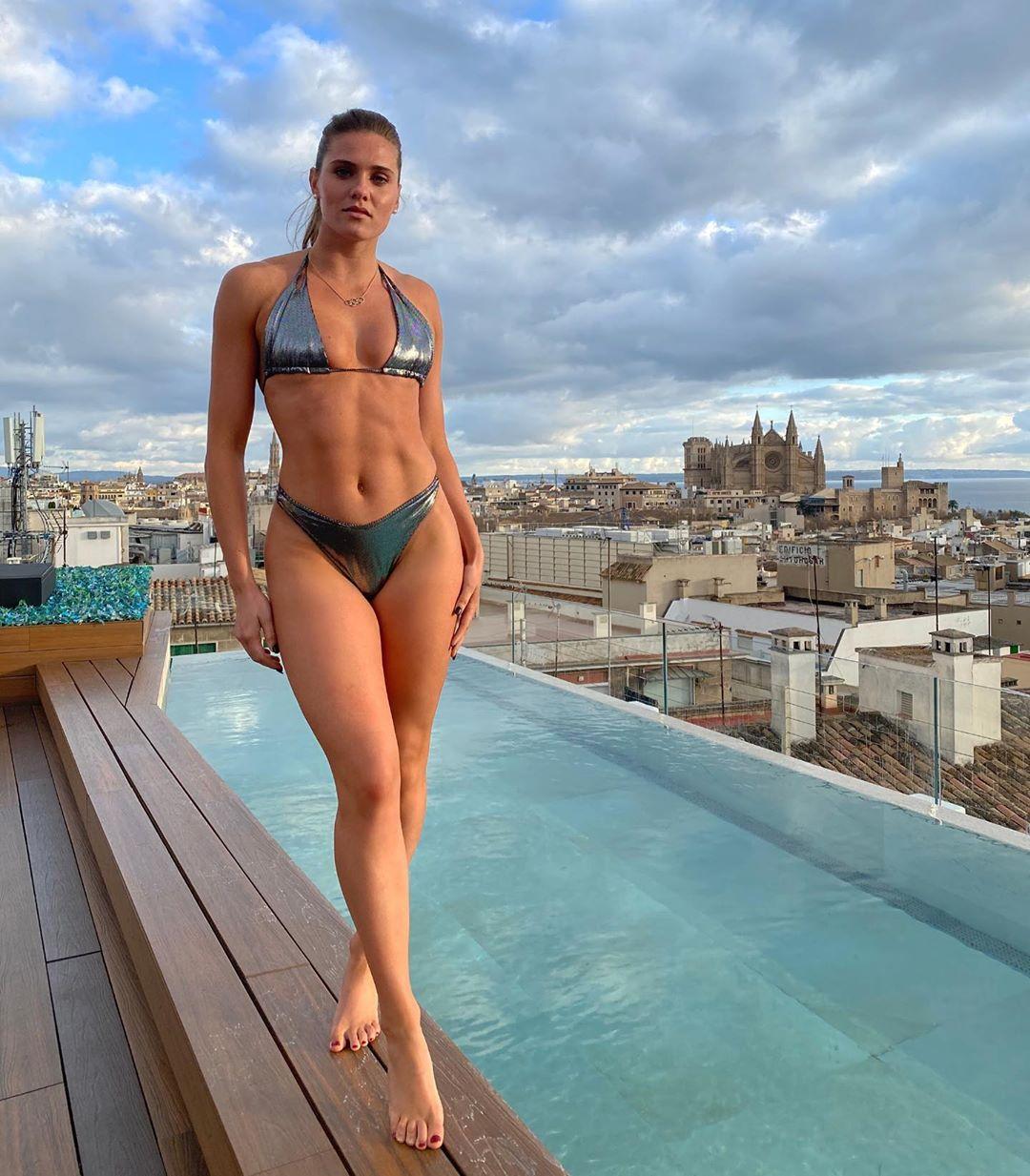 Alysha Newman Coming in Hot From Aruba! - Photo 4