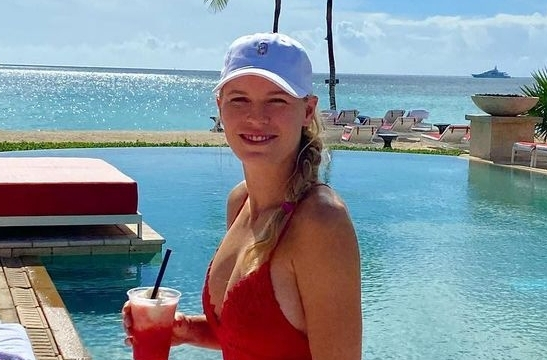 Caroline Wozniacki Enjoyed Some Pool Time in the Bahamas