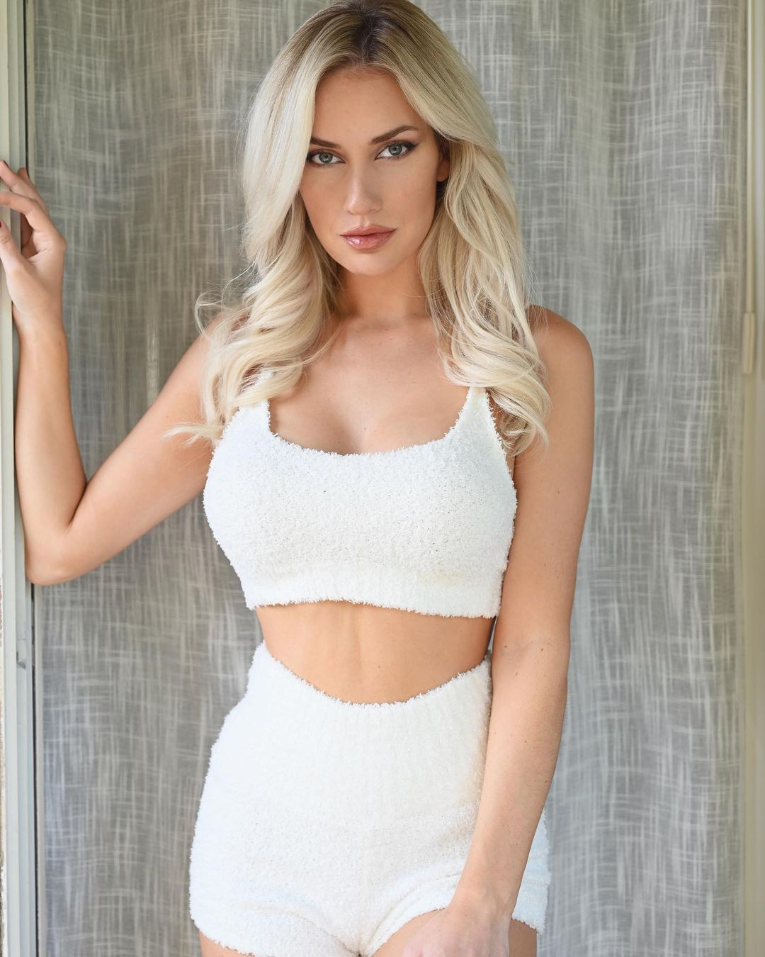 Paige Spirinac and Her Cleavage Roll Out the Red Carpet for the NFL Season! - Photo 8