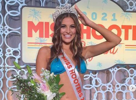 Ryan Blaney's Girlfriend Gianna Tulio Was Crowned Miss Hooters 2021